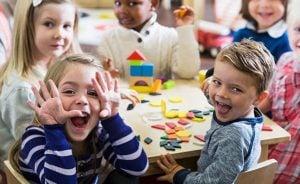 escuela infantil en inglés en Valencia - risas