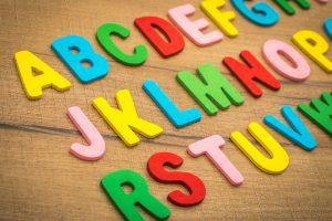 escuela infantil bilingüe en Valencia - letras